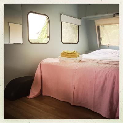 150805 Caravane Bed 7018 Corr 850Px