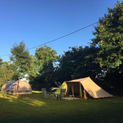 1707 Lgt Camping Tent Avondlicht