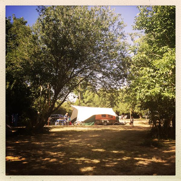140730  Lgt Camping 850px 6930